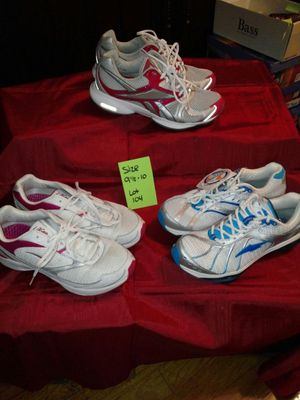 Fitness Shoes...Lady's size 9.5 - 10 for Sale in St. Louis, MO