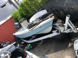 Boat with Yamaha four stroke 115 for Sale in Miami, FL