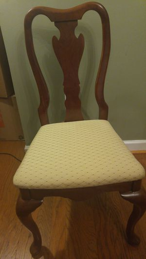 Antique Queen Anne Chairs (Set of 6) for Sale in Baltimore, MD