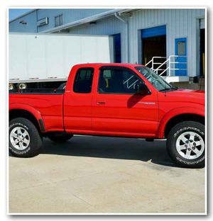 $800 4WD truck Toyota Tacoma RED GH4W for Sale in Concord, CA