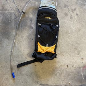 Hydration Backpack With Bladder for Sale in Damascus, OR