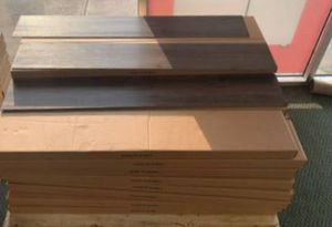 VINYL GLUE DOWN FLOORING 35 SQ.FT PER BOX D7J for Sale in Fontana, CA