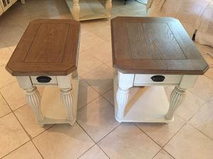 Adjustable cocktail table and two end tables for Sale in Weston, FL