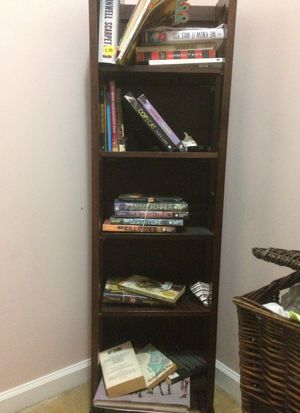 Small book shelf for Sale in Brentwood, TN