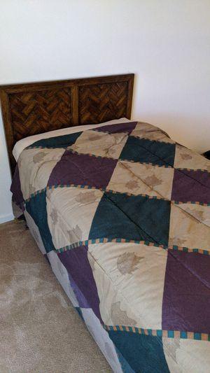 Twin bed (headboard, frame, box spring) for Sale in Burr Ridge, IL