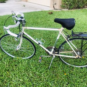 Vintage AMF 10 Speed Bicycle with Extras! for Sale in FL, US