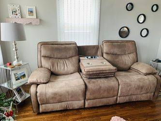 Like New Sofa And Loveseat With Usb Port for Sale in St. Louis,  MO