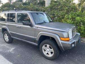 2007 Jeep Commander V6 3rows. Sunroof, leather for Sale in Delray Beach, FL