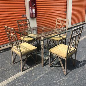 Dining Set for Sale in Lake Ridge, VA