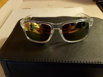 Oakley Holbrook Sunglasses for Sale in Hendersonville,  NC