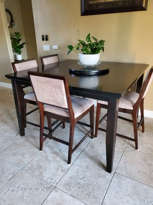 Dinning table for Sale in Temecula, CA