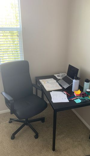 Desk/table and office chair for Sale in Upland, CA