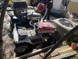 Tractors for parts And Trailer for Sale in Fort Worth, TX