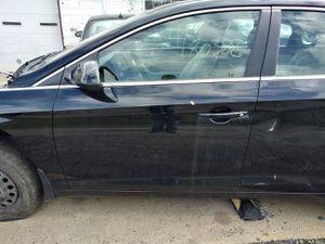 2016 hyundai sonata driver door for Sale in Hatboro, PA