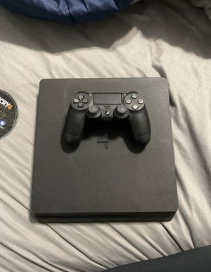 Playstation 4 + Beats Solo 3 Wireless Bundle for Sale in Medley, FL