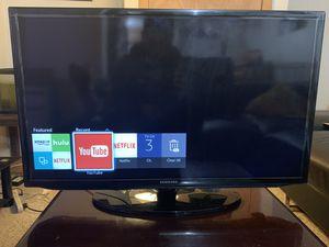 "Samsung smart tv 32"" for Sale in North Providence, RI"