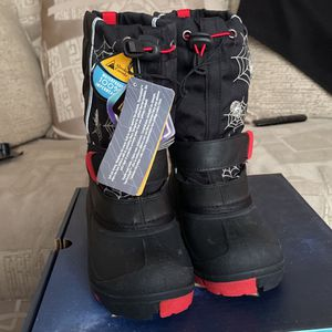 Brand New winter boots for kids for Sale in Aurora, IL