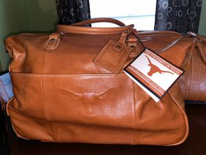 Texas Longhorn rolling duffle bag for Sale in Fort Worth, TX