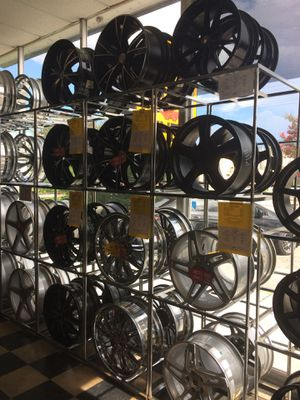 Huge sale on rims and tires for Sale in Lakeland, FL