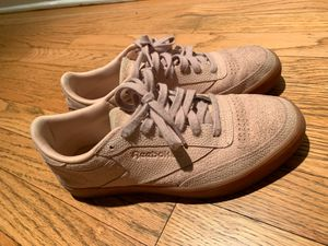 Reebok Size 8.5 Women's for Sale in Chicago, IL