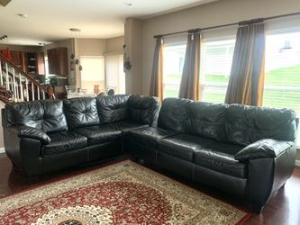 Sofa for Sale in Saint Charles,  MO