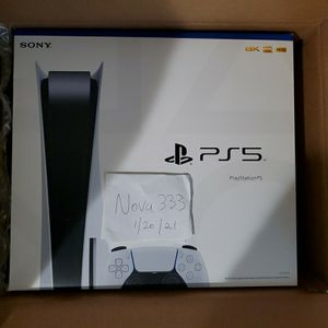 PLAYSTATION 5 DISC version New/Sealed IN HAND - PRICE DROP! $795 Firm for Sale in Quantico, VA