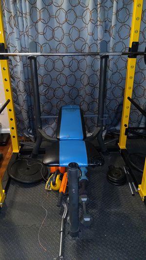 Gold's Gym Bench for Sale in El Dorado Hills, CA