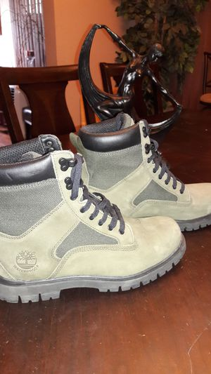 🔥🔥🔥🔥🔥(Worn 2x)Camouflage Green Timberland Boots (Size 8) for Sale in Detroit, MI