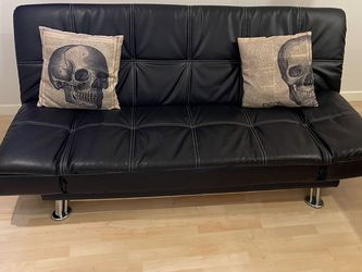 Black Faux leather Futon for Sale in Anaheim, CA