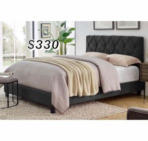 QUEEN BED FRAME W/ MATTRESS INCLUDED for Sale in Long Beach, CA