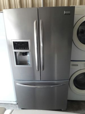 Frigidaire stainless steel french door fridge for Sale in Austin, TX