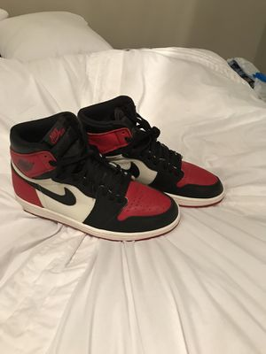 Jordan 1 bred toe size 9.5 for Sale in Cleveland, OH