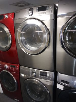 Samsung front load set washer and gas dryer in exellent condition for Sale in Laurel, MD