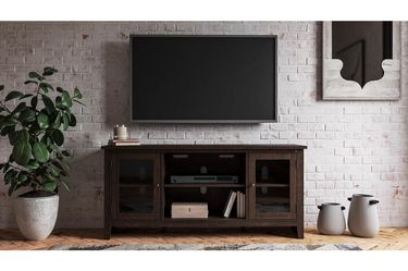 NEW, WEATHERED OAK COLOR, 60 inch TV STAND, SKU#TC283. for Sale in Westminster,  CA