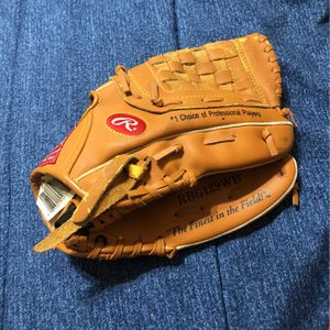 Rawlings Baseball Mitt for Sale in Missouri City, TX