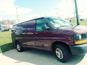 2005 Chevy Express van for Sale in Canton, OH