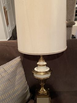 Large Vintage Brass And Ceramic Lamps 37inch Tall for Sale in Vienna,  VA