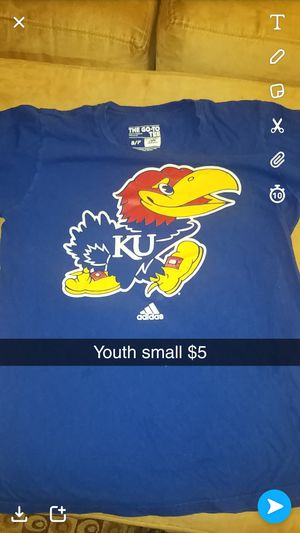 Youth small $5 for Sale in Cedar Falls, IA