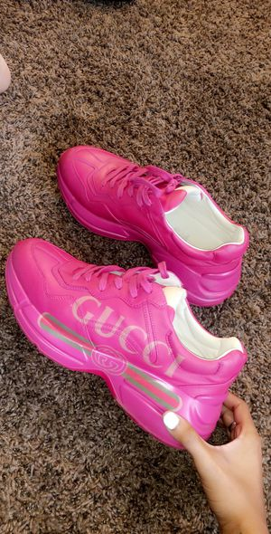 Women's Rhyton Gucci PINK for Sale in Fresno, CA