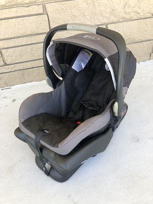 Bob edt BRITAX B-Safe Infant Car Seat & Base for Sale in West Palm Beach, FL