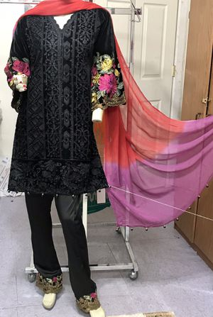 Soft velvet embroidered dress with silk pant for Sale in Bayonne, NJ