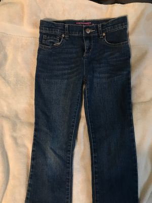 GIRLS SIZE 8 BOOT CUT JEANS CHILDRENS PLACE for Sale in Madera, CA