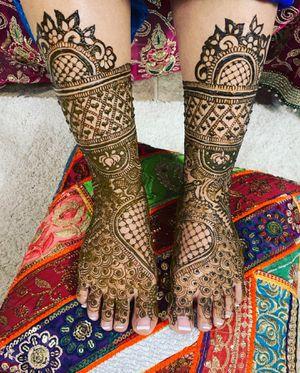 Bridal henna & henna design henna tattoo for Sale in Chicago, IL