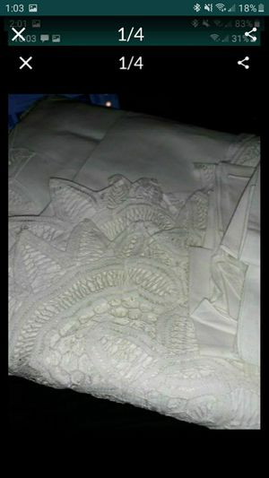 """108x60"""" white cotton lace tablecloth with 14 napkins for Sale in Bolingbrook, IL"""