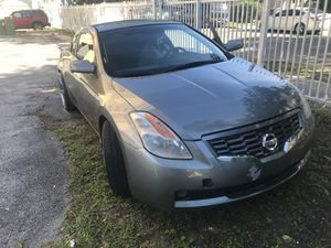 Nissan altima 2009 for Sale in Miami, FL