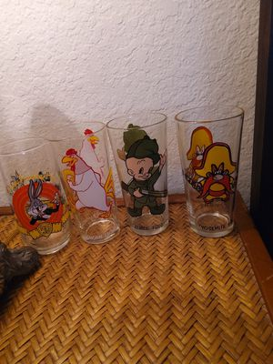 Looney Tunes collectable glasses for Sale in Diamond Bar, CA