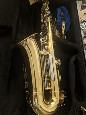 Yamaha YAS-23 in good shape plays great comes with case mouthpiece strap ready to play for Sale in Woburn, MA