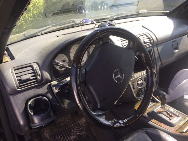 2000 Mercedes Benz ML55 AMG W163 for parts