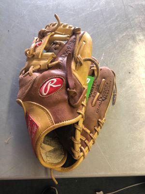 """Rawlings baseball glove 11 1/4"""" for Sale in Renton, WA"""