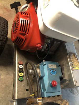 GX390 pressure washer 4K PSI 4.5 GPM cat pump industrial commercial machines very powerful just did a full service on it ready for the big job for Sale in Miramar, FL